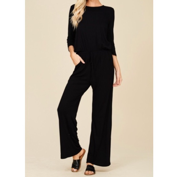 cde2c6c2299a ✨LAST ONE ✨Black long sleeve wide leg jumpsuit